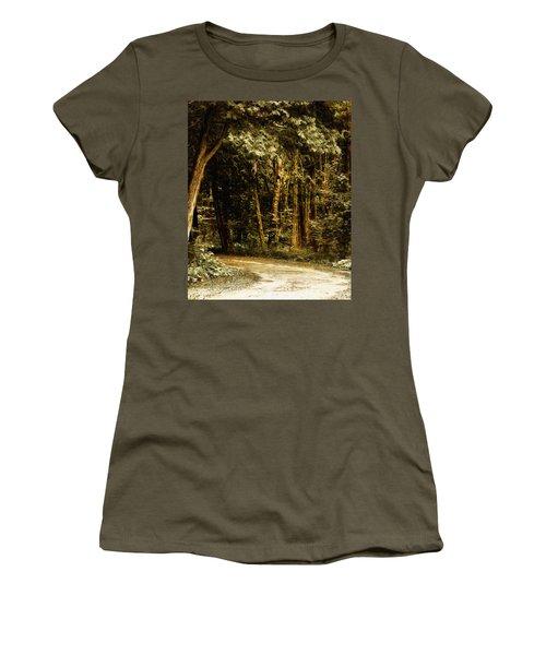 Forest Curve Women's T-Shirt