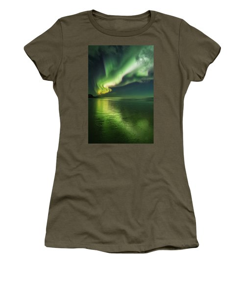 Frozen Reflection Women's T-Shirt