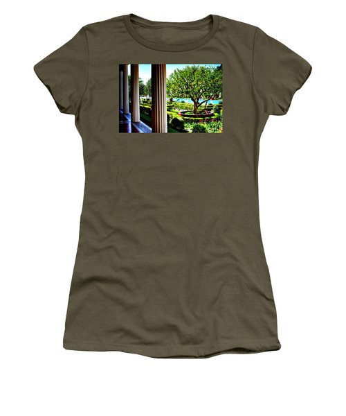 Women's T-Shirt (Junior Cut) featuring the photograph Getty Villa Peristyle Garden by Joseph Hollingsworth