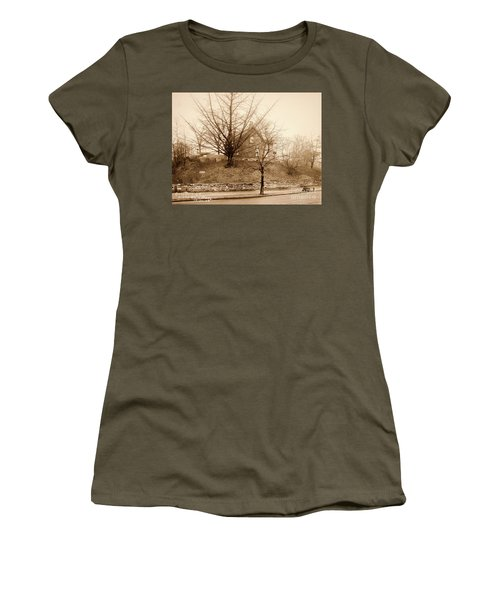 Ginkgo Tree, 1925 Women's T-Shirt (Athletic Fit)