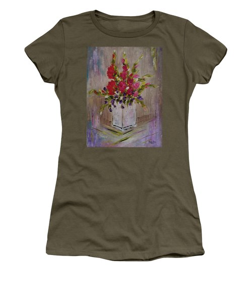 Gladiolus On Point Women's T-Shirt (Athletic Fit)