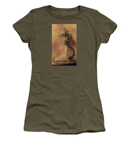 Gold Flower Vase Women's T-Shirt