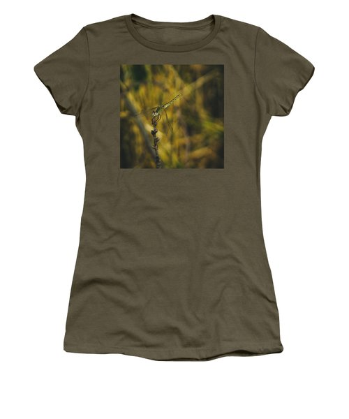 Golden Drangonfly Women's T-Shirt (Athletic Fit)