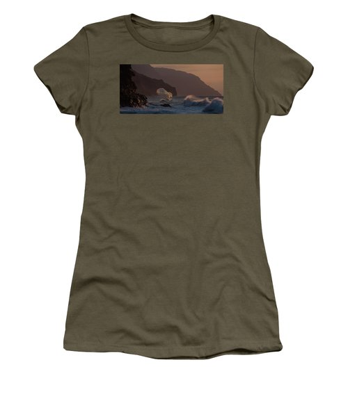 Golden Hour Wave Women's T-Shirt (Athletic Fit)