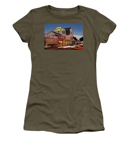 Goldenrod Kisses Luncheonette York Beach Maine Women's T-Shirt (Athletic Fit)