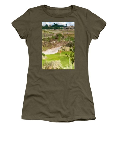 Golf Challenge  Women's T-Shirt (Athletic Fit)