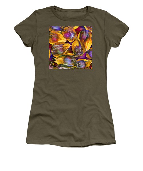 Goosed Berry Pods Women's T-Shirt