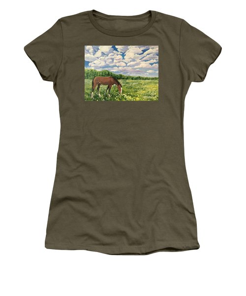 Grazing Among The Daisies Women's T-Shirt