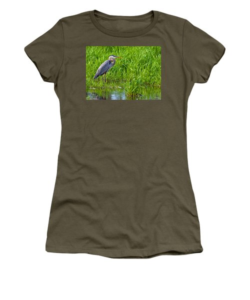 Great Blue Heron Waiting Women's T-Shirt