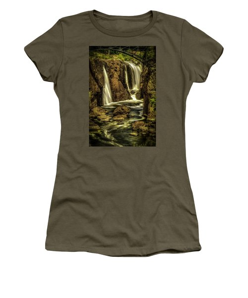 Great Falls Close Up Women's T-Shirt