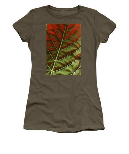 Green And Red Leaf Silky Dunes 2 Women's T-Shirt (Athletic Fit)