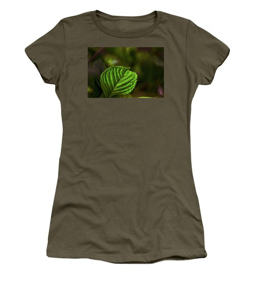 Green Leaf Women's T-Shirt (Athletic Fit)
