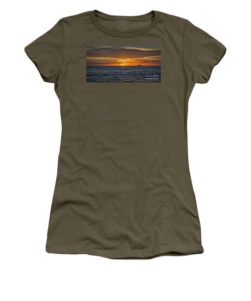 Women's T-Shirt (Junior Cut) featuring the photograph Hawaiian Winter Sunset by Mitch Shindelbower