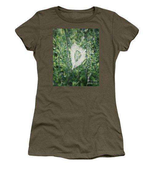 Hearts In Nature - Heart Shaped Web Women's T-Shirt