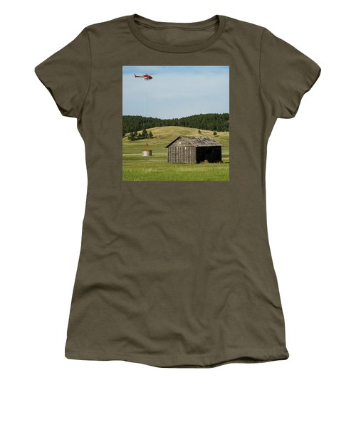 Helicopter Dips Water At Heliwell Women's T-Shirt (Athletic Fit)
