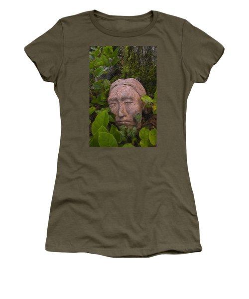 Hiding Women's T-Shirt