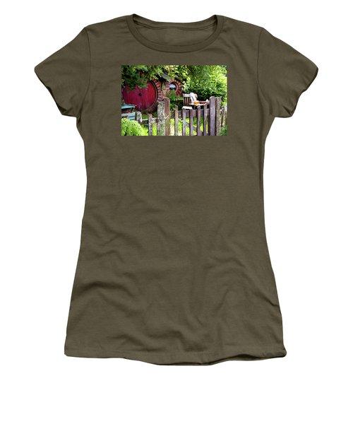 Hobbit Tea And Honey Women's T-Shirt