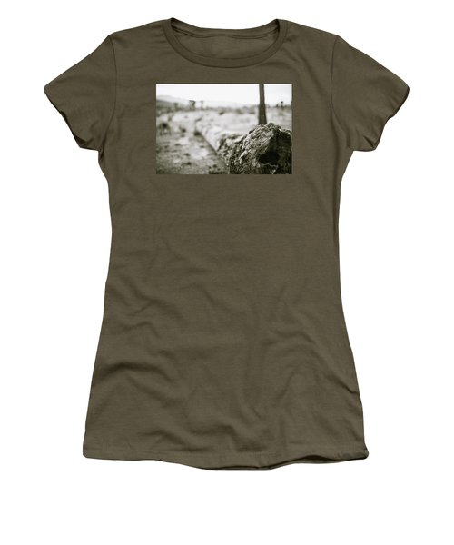 Hollow Women's T-Shirt (Athletic Fit)