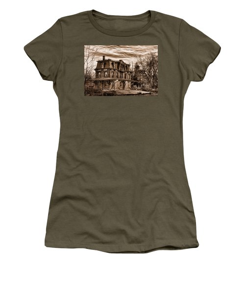 Hopewell Station Women's T-Shirt