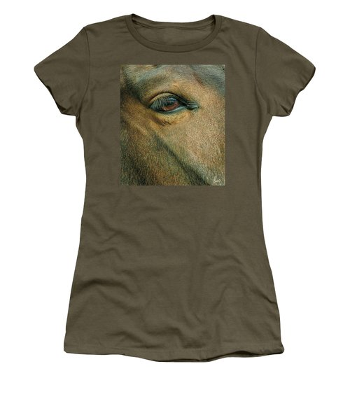 Horses Eye Women's T-Shirt (Athletic Fit)