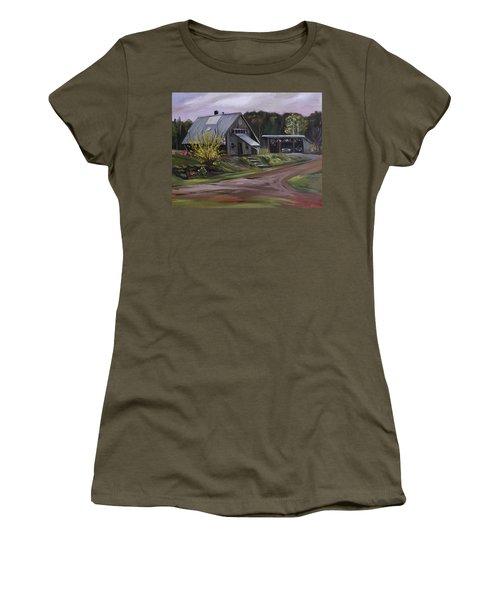 Humpals Barn Women's T-Shirt