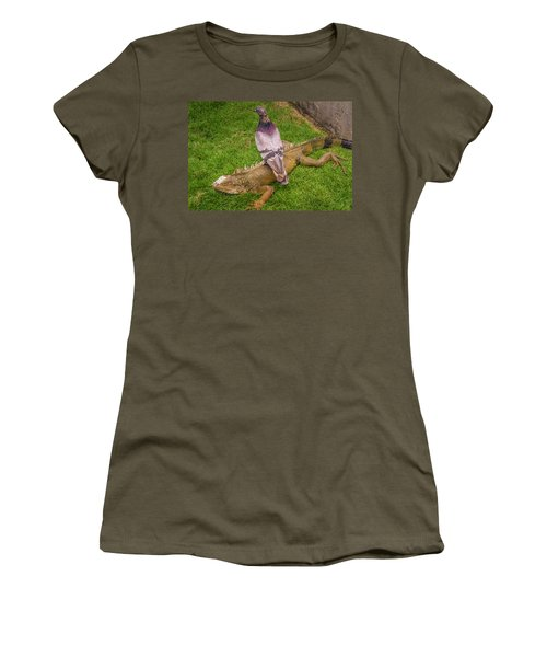 Iguana With Pigeon On Its Back Women's T-Shirt