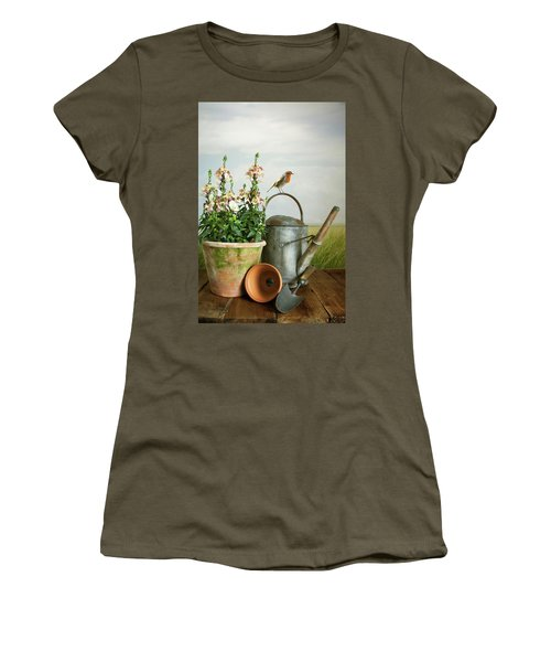 In The Vintage Garden Women's T-Shirt