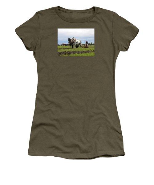 Ipm 2 Women's T-Shirt