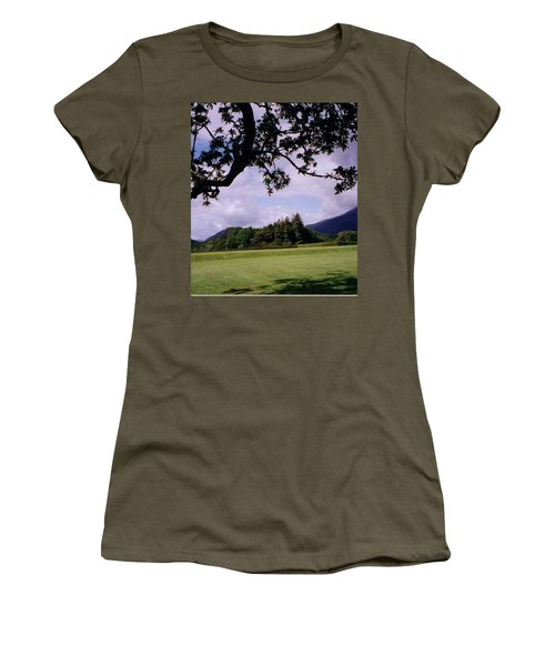 Ireland View Women's T-Shirt (Athletic Fit)