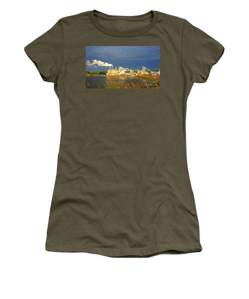 Irving Mill Women's T-Shirt