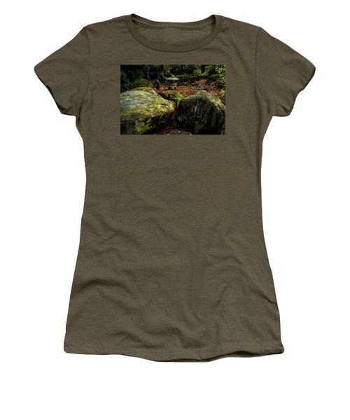 Japanese Garden Lantern Women's T-Shirt