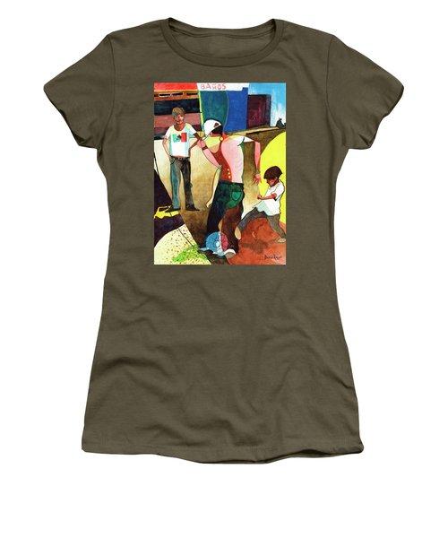 Jugando Women's T-Shirt