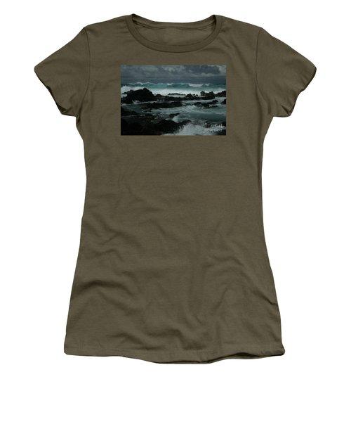 Ka Makani Kaiili Aloha Hookipa Maui Hawaii  Women's T-Shirt