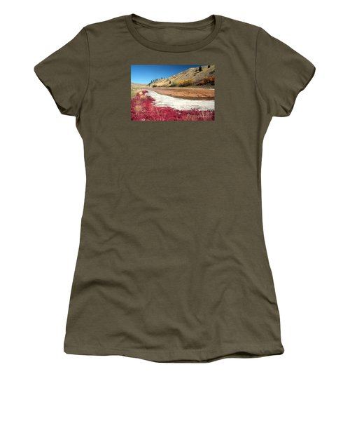 Kamloops Autumn Women's T-Shirt (Athletic Fit)
