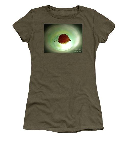 Lampionblume - Physalis Alkekengi Women's T-Shirt