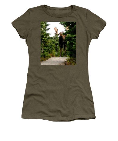 Large Moose Women's T-Shirt (Athletic Fit)