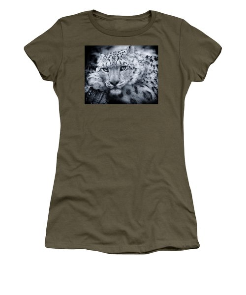 Large Snow Leopard Portrait Women's T-Shirt