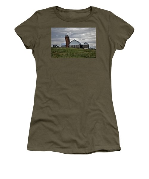 Women's T-Shirt (Junior Cut) featuring the photograph Lean On Me by Robert Geary