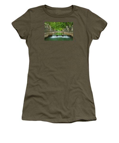 Les Quais De La Fontaine Women's T-Shirt (Junior Cut) by Scott Carruthers