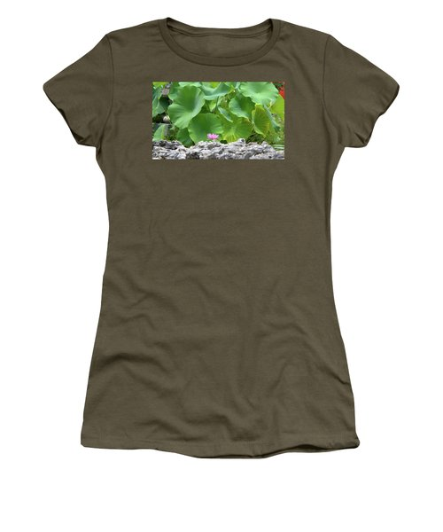 Light Purple Water Lily And Large Green Leaves Women's T-Shirt (Athletic Fit)