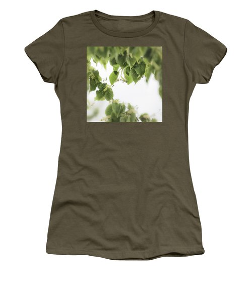 Linden In The Rain 2 -  Women's T-Shirt (Athletic Fit)