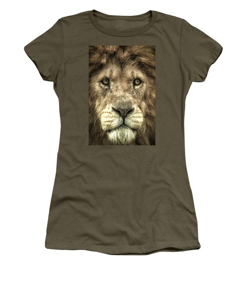 Lion Portrait Women's T-Shirt