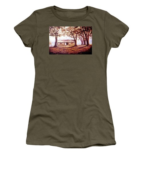 Log House On 421 Women's T-Shirt