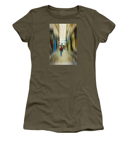 Lost In The Maze Of The City Women's T-Shirt