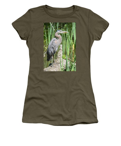 Lost Lagoon Heron Women's T-Shirt (Athletic Fit)