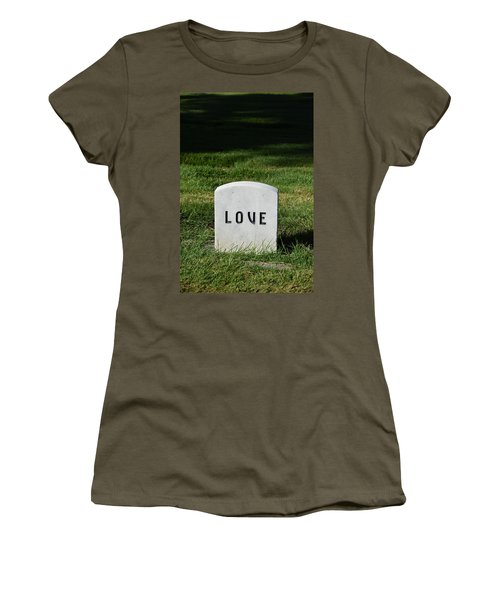 Love Monument Women's T-Shirt (Athletic Fit)