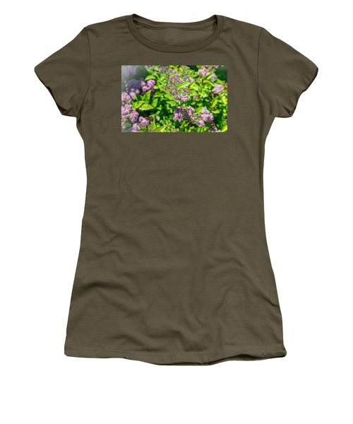 lowing In The Wind Women's T-Shirt