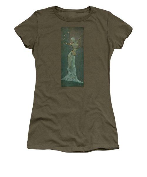 Lyra's Spell Women's T-Shirt