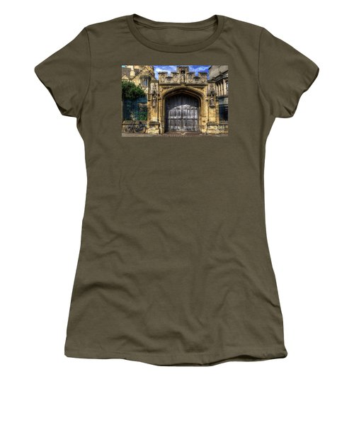 Magdalen College Door - Oxford Women's T-Shirt