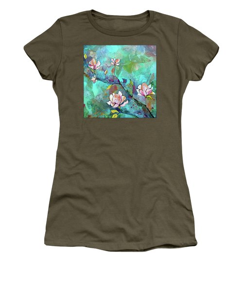Magnolias Women's T-Shirt
